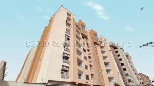Apartamento En Ventaen Maracay, Los Chaguaramos, Venezuela, VE RAH: 21-9377