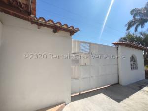Casa En Ventaen Cagua, Los Overos, Venezuela, VE RAH: 21-9394