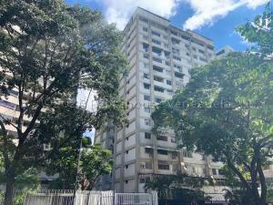 Apartamento En Ventaen Caracas, Altamira, Venezuela, VE RAH: 21-9401