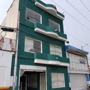Edificio En Ventaen Maracaibo, Dr Portillo, Venezuela, VE RAH: 21-9421
