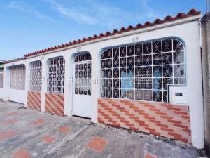 Casa En Ventaen Palo Negro, Sector La Croquera, Venezuela, VE RAH: 21-9433