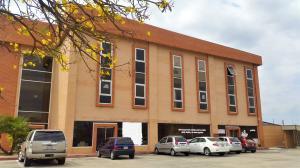 Local Comercial En Alquileren Valencia, Zona Industrial, Venezuela, VE RAH: 21-9455