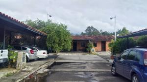 Casa En Ventaen Municipio San Diego, Pueblo De San Diego, Venezuela, VE RAH: 21-9470