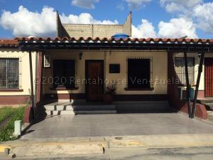 Casa En Ventaen Cabudare, Parroquia José Gregorio, Venezuela, VE RAH: 21-9474