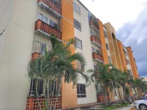 Apartamento En Ventaen Municipio San Diego, El Polvero, Venezuela, VE RAH: 21-9501