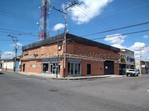 Edificio En Ventaen Barquisimeto, Parroquia Concepcion, Venezuela, VE RAH: 21-9509