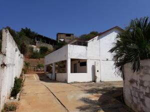 Townhouse En Ventaen Puerto Piritu, Puerto Piritu, Venezuela, VE RAH: 21-9513