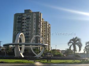 Apartamento En Ventaen Higuerote, Higuerote, Venezuela, VE RAH: 21-7074