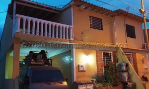 Casa En Ventaen Cabudare, La Mora, Venezuela, VE RAH: 21-9527