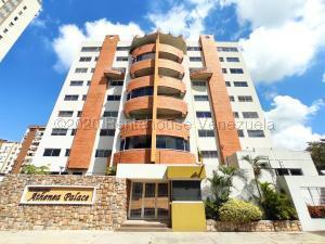Apartamento En Ventaen Maracay, Andres Bello, Venezuela, VE RAH: 21-9562