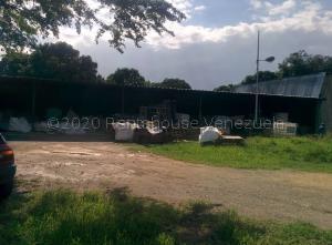 Terreno En Ventaen Municipio Libertador, Parroquia Tocuyito, Venezuela, VE RAH: 21-9644