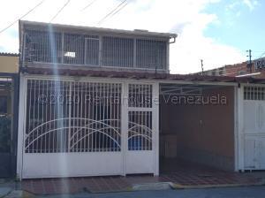 Casa En Ventaen Cabudare, El Trigal, Venezuela, VE RAH: 21-9628