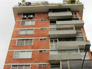 Apartamento En Ventaen Caracas, Los Palos Grandes, Venezuela, VE RAH: 21-9647
