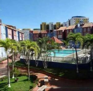 Apartamento En Ventaen Parroquia Caraballeda, Caribe, Venezuela, VE RAH: 21-12713