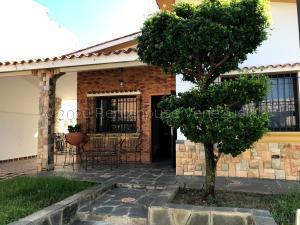 Casa En Ventaen Valencia, La Trigaleña, Venezuela, VE RAH: 21-9663