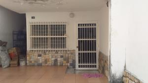 Casa En Ventaen Maracay, El Limon, Venezuela, VE RAH: 21-9660