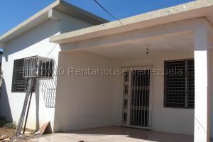 Casa En Ventaen Coro, Sector Concordia, Venezuela, VE RAH: 21-9679