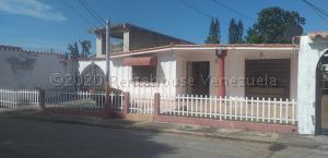 Casa En Ventaen Maracay, Fundacion Mendoza, Venezuela, VE RAH: 21-8701