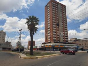 Apartamento En Ventaen Maracaibo, Indio Mara, Venezuela, VE RAH: 21-9699