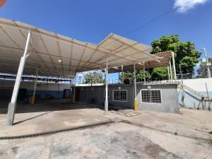 Local Comercial En Ventaen Maracaibo, Pomona, Venezuela, VE RAH: 21-10174