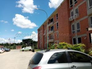 Apartamento En Ventaen Guatire, Valle Grande, Venezuela, VE RAH: 21-26112