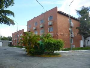 Apartamento En Ventaen Cabudare, Los Samanes, Venezuela, VE RAH: 21-9700