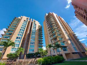 Apartamento En Alquileren Caracas, Campo Alegre, Venezuela, VE RAH: 21-9754