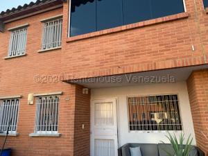 Townhouse En Ventaen Guatire, Terrazas De Buena Ventura, Venezuela, VE RAH: 21-9770