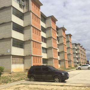 Apartamento En Ventaen Guarenas, Nueva Casarapa, Venezuela, VE RAH: 21-9779