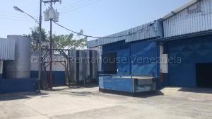 Galpon - Deposito En Alquileren Guacara, Carret Guacara - San Joaquin, Venezuela, VE RAH: 21-9809