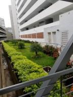 Apartamento En Ventaen Caracas, El Encantado, Venezuela, VE RAH: 21-9828
