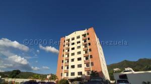 Apartamento En Ventaen Municipio Naguanagua, El Rincon, Venezuela, VE RAH: 21-9853