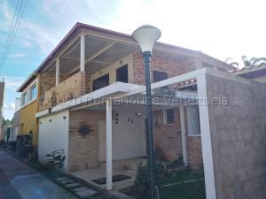 Casa En Ventaen Cagua, La Ciudadela, Venezuela, VE RAH: 21-9879