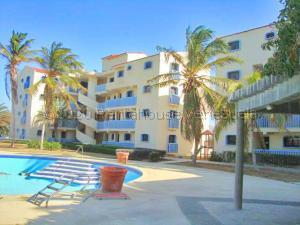 Apartamento En Ventaen Punto Fijo, Villa Marina, Venezuela, VE RAH: 21-9880