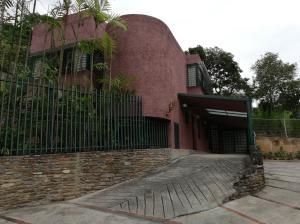 Casa En Ventaen Caracas, Colinas De Los Chaguaramos, Venezuela, VE RAH: 21-9893