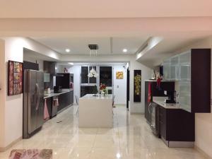 Apartamento En Ventaen Barquisimeto, El Pedregal, Venezuela, VE RAH: 21-9894