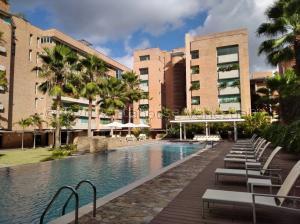 Apartamento En Ventaen Caracas, Campo Alegre, Venezuela, VE RAH: 21-1986