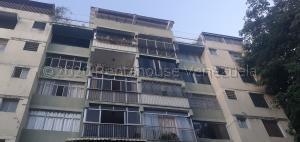 Apartamento En Ventaen Caracas, Santa Eduvigis, Venezuela, VE RAH: 21-9903
