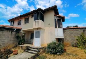 Casa En Ventaen Cabudare, Parroquia José Gregorio, Venezuela, VE RAH: 21-9937