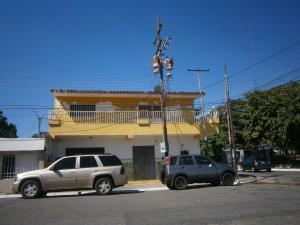 Casa En Ventaen Valencia, La Quizanda, Venezuela, VE RAH: 21-9944