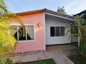 Casa En Ventaen Cabudare, Parroquia Agua Viva, Venezuela, VE RAH: 21-9950