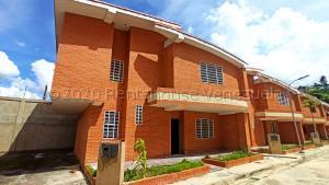 Casa En Ventaen La Victoria, Guaracarima, Venezuela, VE RAH: 21-9955