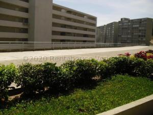 Apartamento En Ventaen Caracas, El Encantado, Venezuela, VE RAH: 21-10198