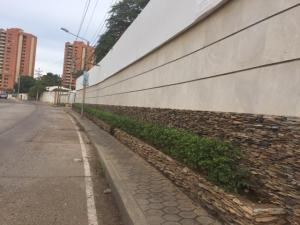 Terreno En Ventaen Maracaibo, Virginia, Venezuela, VE RAH: 21-9986
