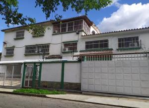 Apartamento En Alquileren Valencia, Prebo I, Venezuela, VE RAH: 21-10002