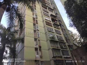 Apartamento En Ventaen Los Teques, Los Teques, Venezuela, VE RAH: 21-10021