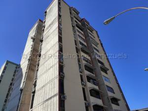 Apartamento En Ventaen Valencia, Los Nisperos, Venezuela, VE RAH: 21-372