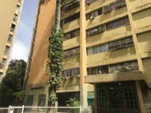 Apartamento En Ventaen Los Teques, Los Teques, Venezuela, VE RAH: 21-10025