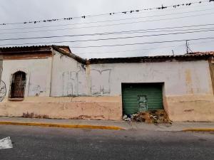 Local Comercial En Ventaen Barquisimeto, Centro, Venezuela, VE RAH: 21-10032