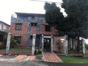 Casa En Ventaen San Antonio De Los Altos, Club De Campo, Venezuela, VE RAH: 21-10047